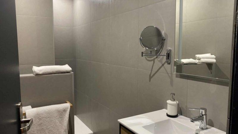 Suite familiale salle de bain