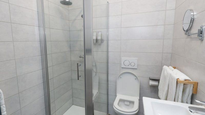 chambre-classic-hotel-brive-sdb6