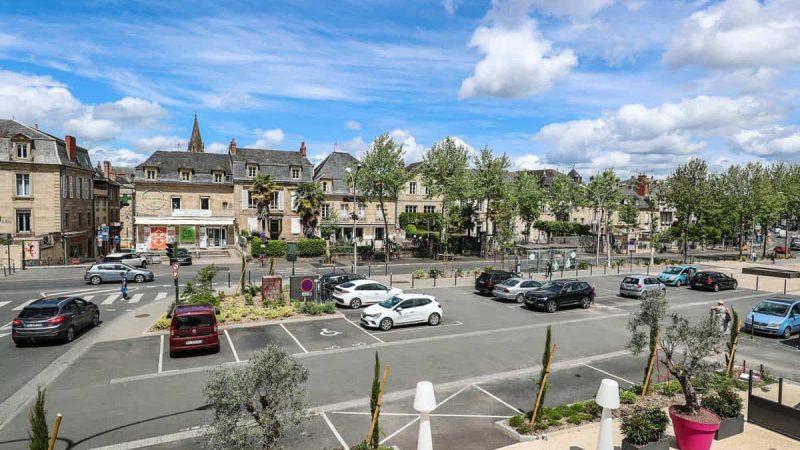 hotel-reserve-brive-la-gaillarde_chambre-2personnes-5-(2)