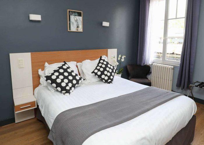 hotel-reserve-brive-la-gaillarde_chambre-classic15-(1)