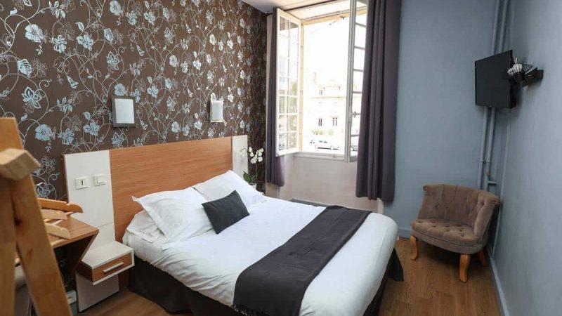 hotel-reserve-brive-la-gaillarde_chambre-classic4-(3)