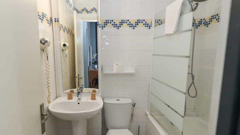 hotel-reserve-brive-la-gaillarde_chambre-double19-(3)
