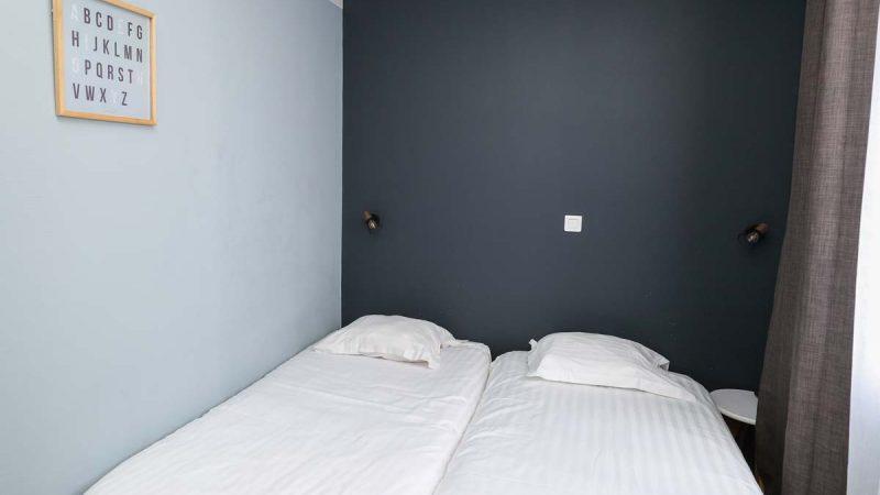 hotel-reserve-brive-la-gaillarde_suite-familiale14-(1)